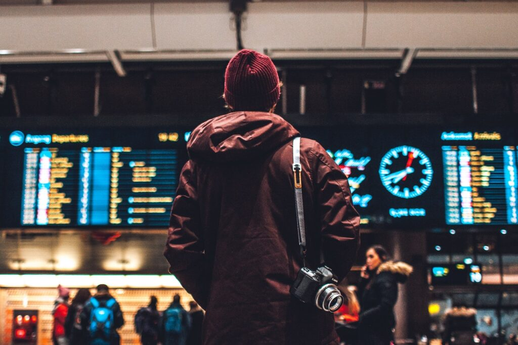 DEBUNKING THE MOST COMMON MYTHS ABOUT TRAVELING ABROAD